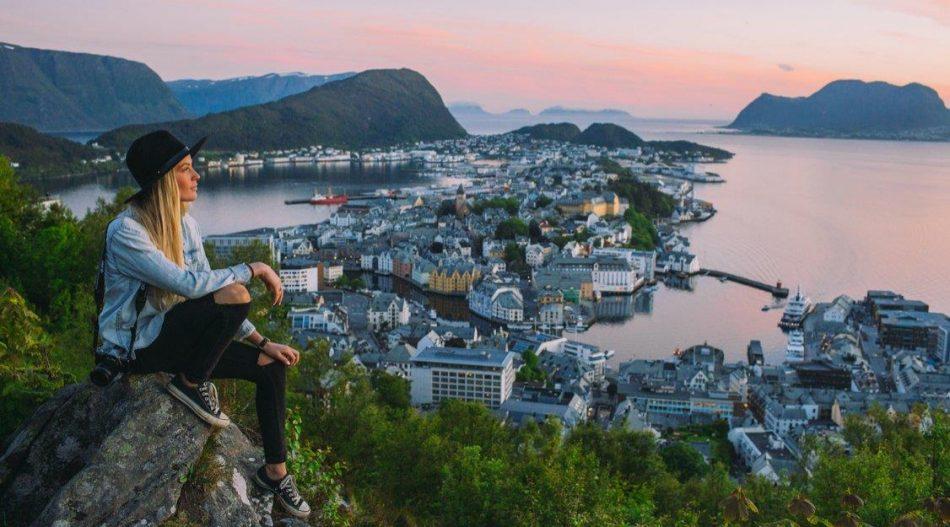 Краткое содержание подборки книг о Норвегии