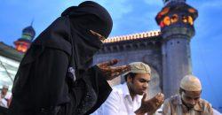 Korotkoe soderjanie Salman Rushdi «Sataninskie stihi»