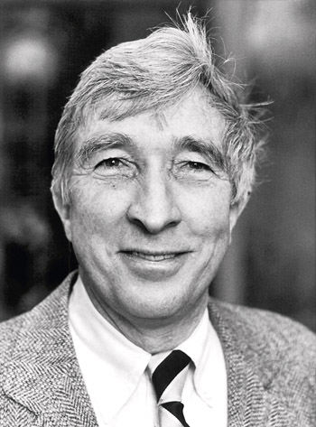 a biography of john hoyer updike an american novelist poet short story writer art critic and literar